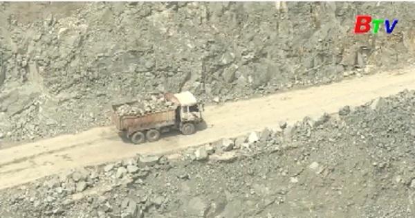 Cảnh báo nguy cơ an toàn trong hoạt động khai thác đá