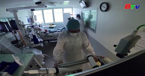 EU ghi nhận tỷ lệ tử vong vượt dự báo 50% ở thời điểm đỉnh dịch